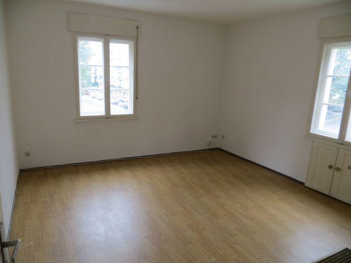Helle 2-Zimmer-Wohnung mit großer Wohnküche in Nürnberg-Johannis, WG-geeignet