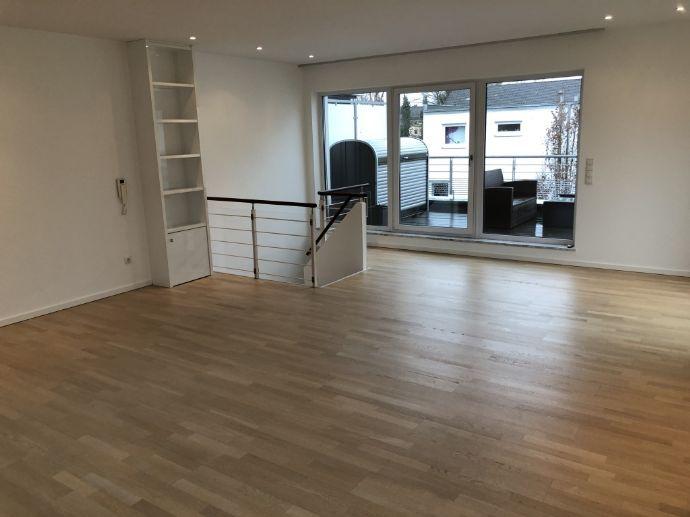 Moderne 111 qm Wohnung auf zwei Etagen im Zentrum von Erlangen