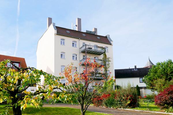 Kirchditmold......Wunderschöne, stilvolle, großzügige und sofort freie Altbauwohnung mit großem Balkon und Loggia.