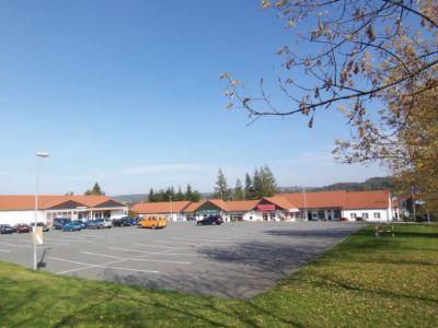 Steinigtwolmsdorf Ladenlokale, Ladenflächen