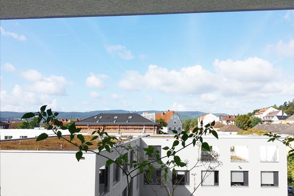 Kassel/ Vorderer Westen …Penthouse-Charakter: Gehobene, sehr chice 3-Zimmer-Wohnung mit 2 Loggien