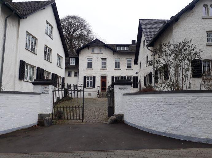 Neuenhofer Weg 11, Aachen-West