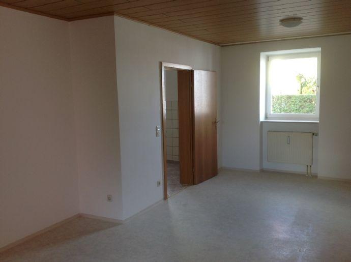 1-ZKB EG Whg.Nr. 1 in Treuchtlingen Neufriedenheim mit Küche, ab sofort
