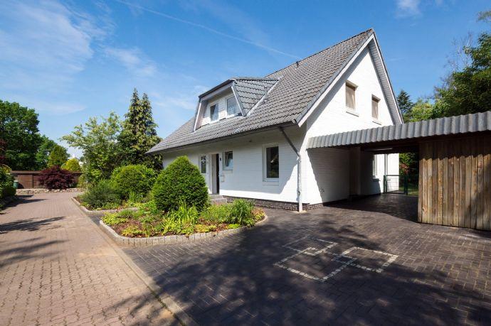 Einzigartiges Architektenhaus in idyllischer Top-Lage von Kaltenkirchen