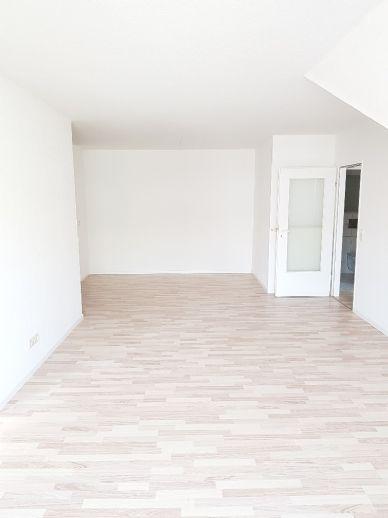 schöne 3-Raum Wohnung mit Stellplatz
