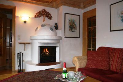AMBIENTE: Hochwertig und ausgesprochen gemütlich im Allgäuer Stil eingerichtete F**** 4 Sterne Ferienwohnung in ruhiger Lage in Obermaiselstein