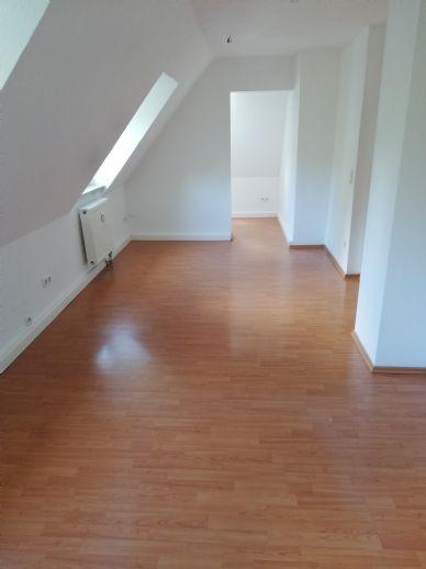 Renovierte Dachgeschoss Wohnung im Zentrum von Essen Borbeck