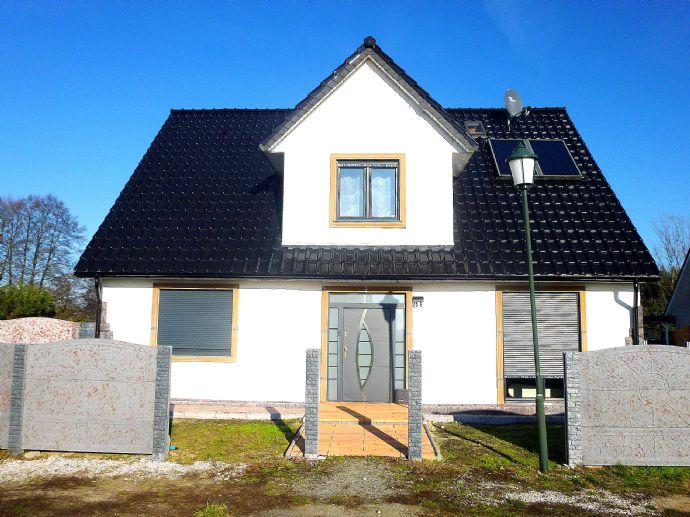 Einfamilienhaus in ruhigster Lage mit Galerie und edler Ausstattung