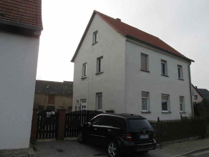 Einfamilienhaus mit Nebengelass in Elsteraue