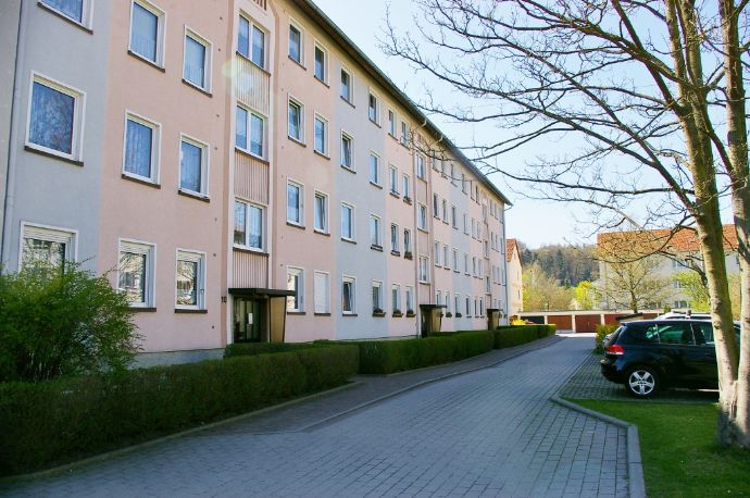 Helle freundliche 3-Raum-Wohnung in Kahla