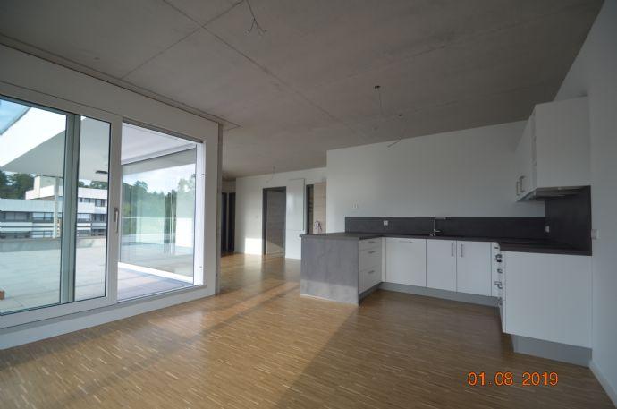 Neubau - exklusive Obergeschosswohnung mit sehr großer Dach-Terrasse