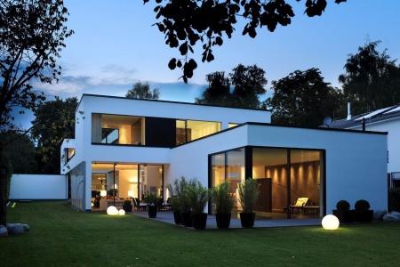 Leben Sie im gesundPlusHAUS! Bauen Sie das Haus, das gesünder ist, als es das Umweltbundesamt empfiehlt.