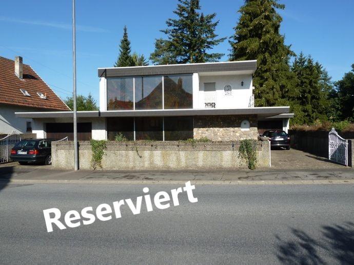 Außergewöhnliches Architektenhaus in Stadtrandlage von Homburg