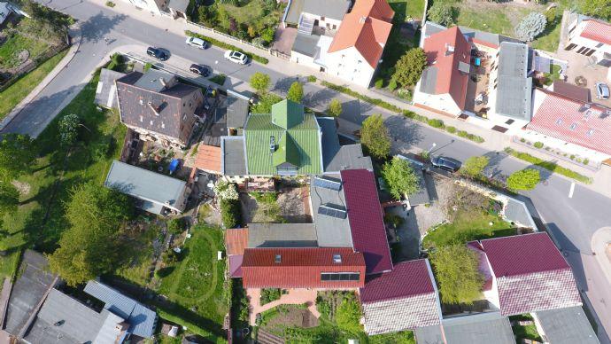 Immobilie der besonderen Art Mehrfamilienhaus / Einfamilien Haus in Lieskau mit Potential