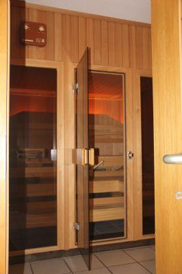 bonn dottendorf wohnung auf 2 etagen mit garten sauna offenem kamin in ruhiger lage wohnung. Black Bedroom Furniture Sets. Home Design Ideas