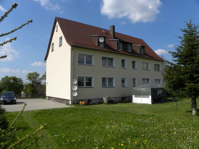 Schöne 2 Zimmer Wohnung in Dörtendorf