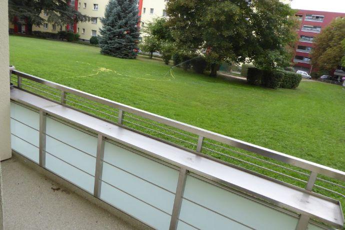 KAPITALANLAGE: 1 Zimmerwohnung im Hochparterre nahe Buschrugallee Berlin-Britz