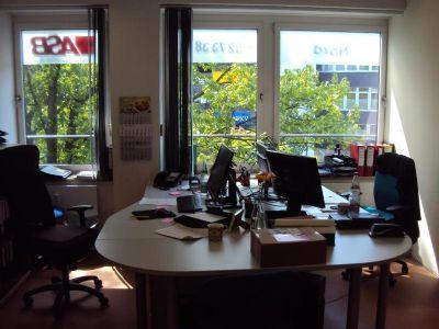 Lichtdurchflutete praxis b rofl che am langenhorner markt for Praxis zu mieten