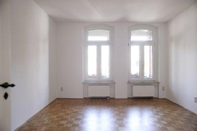 paulusviertel mit stellplatz wohnung halle 2fbrq4c. Black Bedroom Furniture Sets. Home Design Ideas