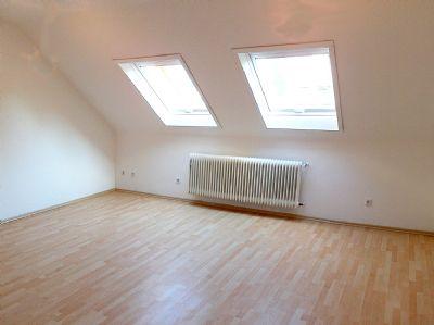 3 zimmer wohnung darmstadt wixhausen 3 zimmer wohnungen. Black Bedroom Furniture Sets. Home Design Ideas