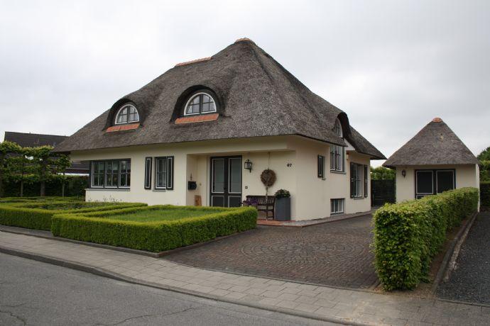 Stilvolle Villa mit Traumgarten in ruhige Strasse in Waldfeucht (Haaren)