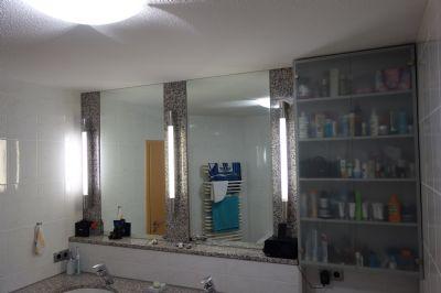 Raumhohe Spiegel und Einbauschrank