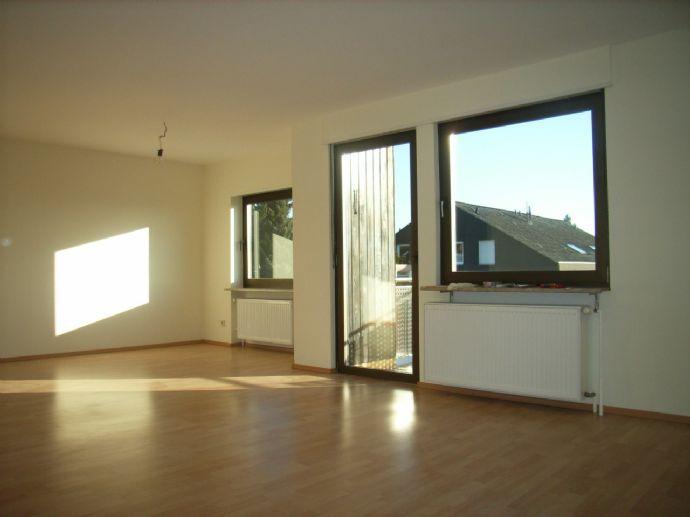 Helle 2,5 Zimmerwohnung in guter Lage in Heusweiler zu vermieten