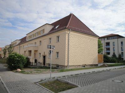 5 raum wohnung in reihenhaus wohnanlage in taucha maisonette taucha 244q64k. Black Bedroom Furniture Sets. Home Design Ideas