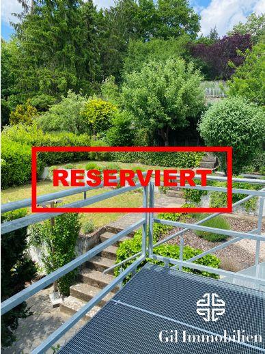 Schöne renovierte 3ZKB Wohnung mit Balkon und Blick ins Grüne