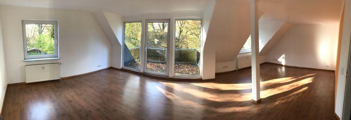 Ahrensburg- lichtdurchflutete 3 Zi-Studio-Whg mit neuer Einbauküche
