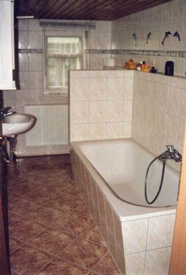 OG - Bad mit Wanne / WC