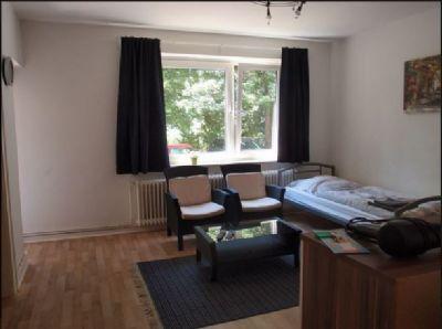 Erdgeschoss: 3 ZKB mit Loggia