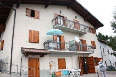 Castione della Presolana Renditeobjekte, Mehrfamilienhäuser, Geschäftshäuser, Kapitalanlage