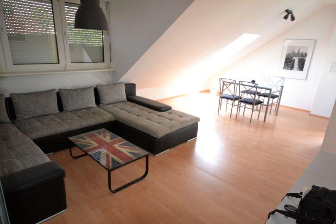 Schöne Wohnung mit neuem Badezimmer in guter Lage!