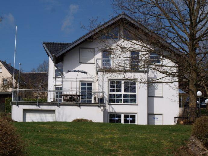 Großzügiges Wohlfühlhaus mit außergewöhnlichem Grundriss. Nicht nur für Individuallisten!