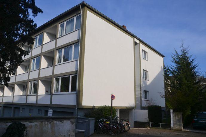 Südstadt, 2 Zi.-Wohnung, Balkon, ruhige, zentrale Lage, ca. 47 qm