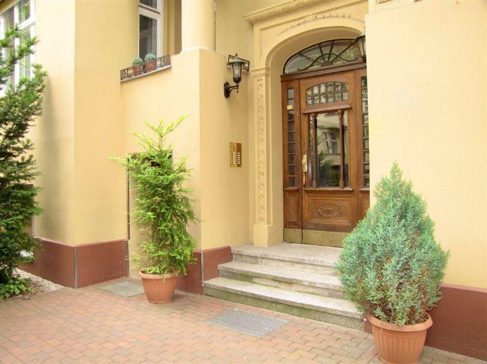 Typischer Berliner Altbau - Traumlage in Pankow