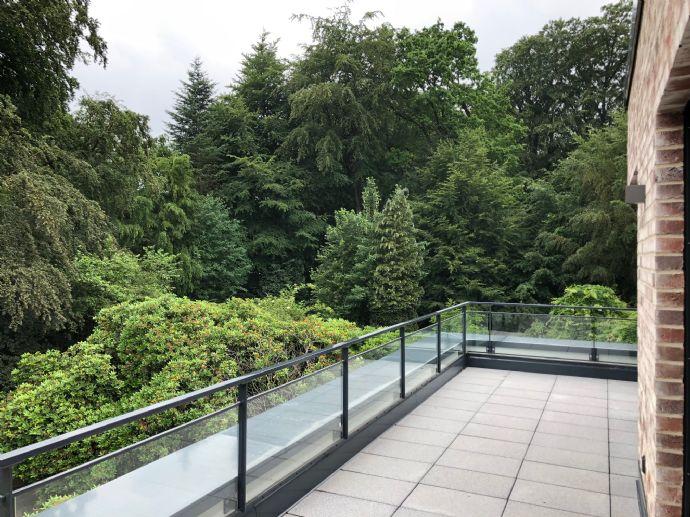 Exklusives Penthouse - Erstbezug - gehobene Ausstattung - große Dachterrasse