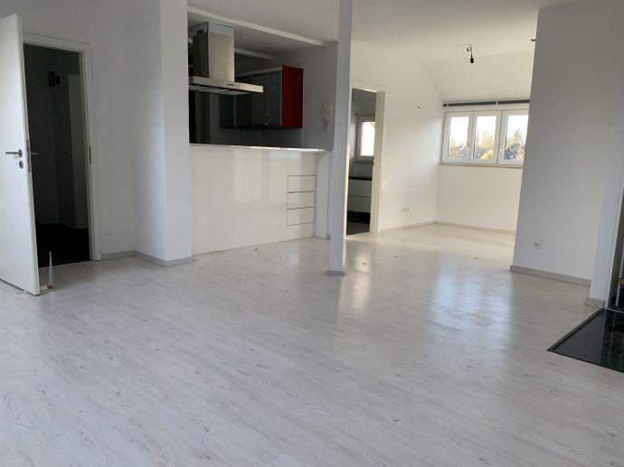 Helle Maisonette-Wohnung  in zentraler Lage  Ottobrunn