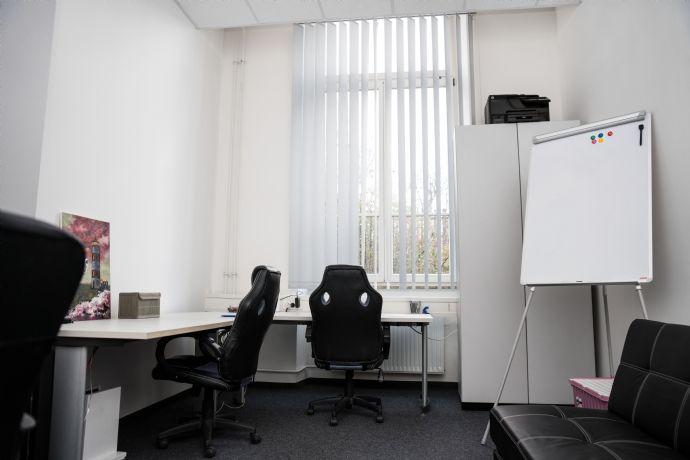 Ein schönes, möbliertes Büro ohne Nebenkosten