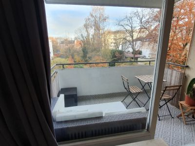 Top 40m2 Wohnung am Harras, Balkon + Gartenseite