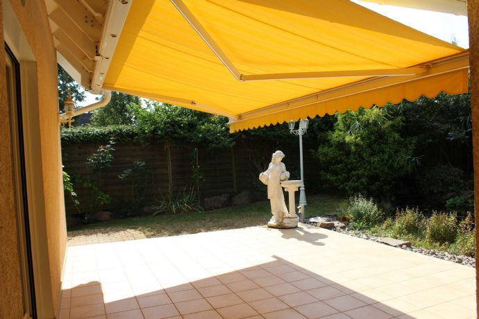 Helles Traumhaus mit großem Garten, perfektem Schnitt eigenen Lift u.v.m.!
