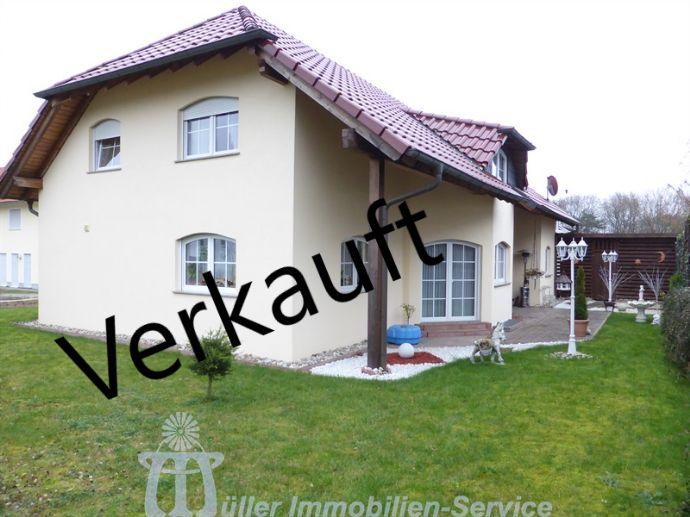 Nähe Homburg: Neuwertiges Villenanwesen im mediterranen Stil