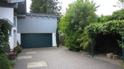 Eingangsbereich mit Garage