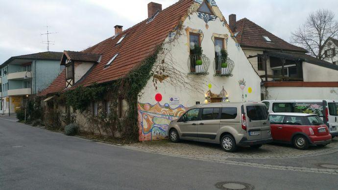 Großes Wohnhaus in Bischberg mit Ambiente