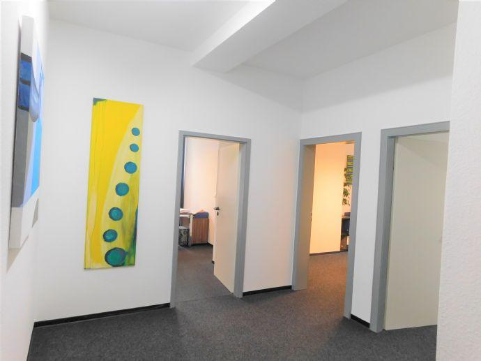 Sanierungsbedürftige Eigentumswohnung in Köln Neu-Ehrenfeld