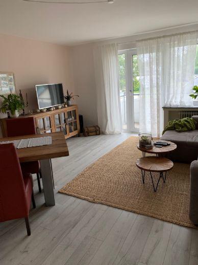 Attraktive 2,5 Zimmer Wohnung mit Balkon