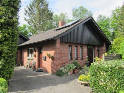 Großzügiges Wohnen mit Terrasse und Garten - 4 Zi. auf 1 Ebene in ruhiger Wohnlage im Ort Lindern (Oldenburg)
