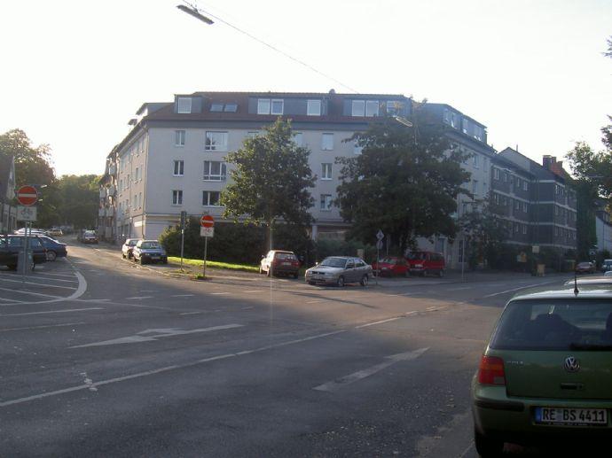 Geräumige Wohnung in RE-West