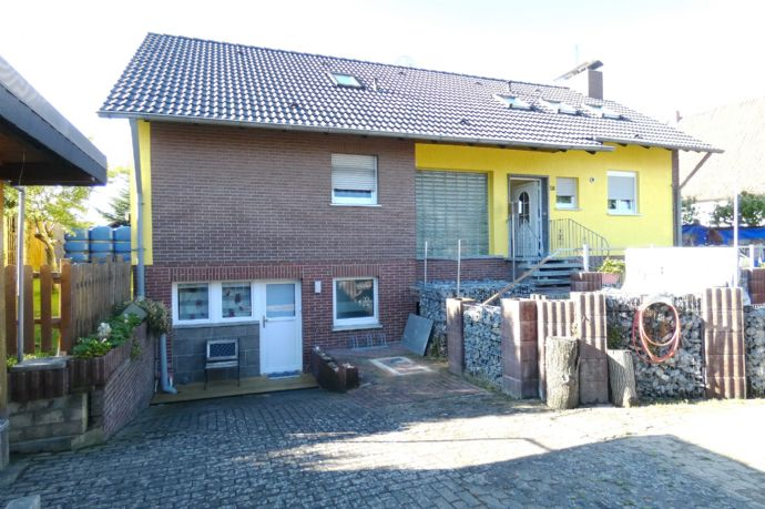 Zwischen Soest-Welver! Individuelles Wohnhaus mit Einliegerwohnungen im Dachgeschoss und Untergeschoss, Keller, Wintergarten, Terrasse, Sauna, Pool